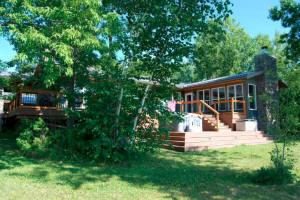 Cottage Listings